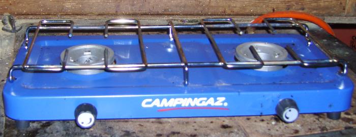 Gaskocher mit Gasflaschen-Anschluß (Campingkocher)