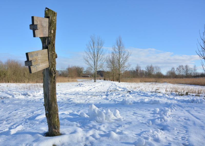 Winterlandschaft mit Schnee an der Blumberger Mühle